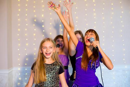 Tegelijkertijd zingen en dansen: Hoe doe je dat?